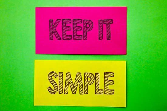 Image of words on paper saying keep it simple referring to how to write a vision statement.