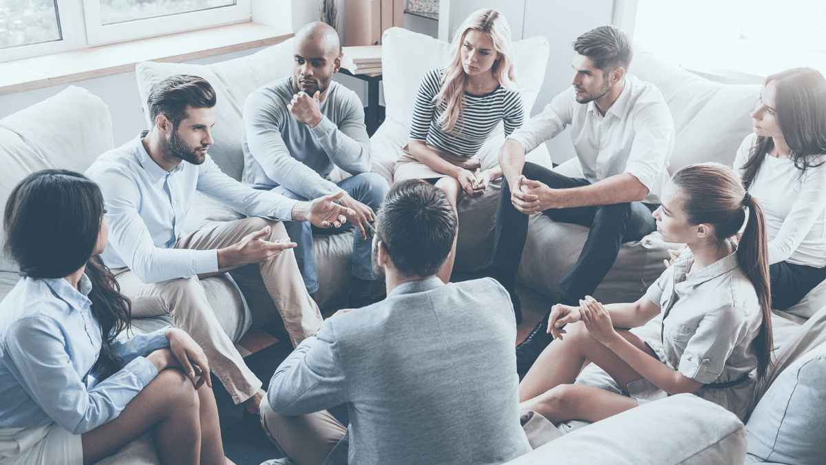 13 Tips to Easily Lead a Successful Group Discussion