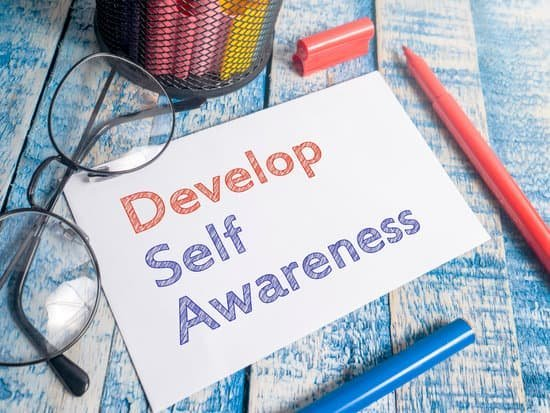 Image of a note saying develop self awareness for resiliency.