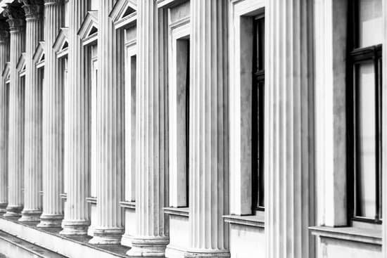 Image of pillars representing the four pillars of strength for resiliency.