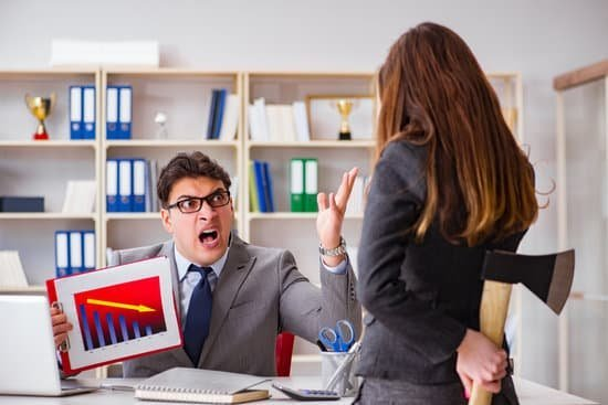 Man and woman having conflict in the workplace.